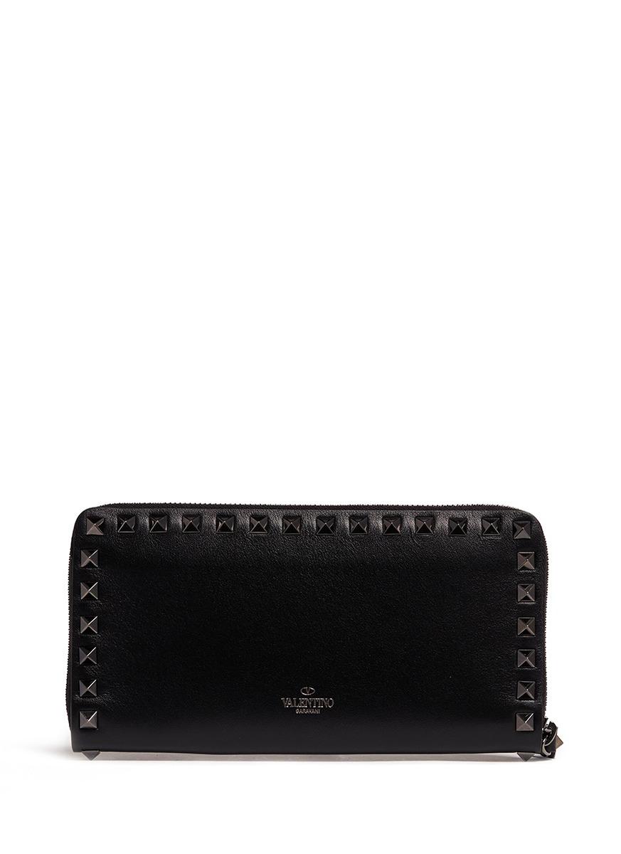 Valentino 'Rockstud Noir' Leather Continental Wallet in Black | Lyst