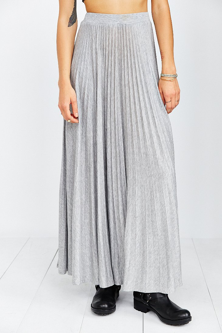 Kimchi blue Knit Pleated Maxi Skirt in Gray | Lyst