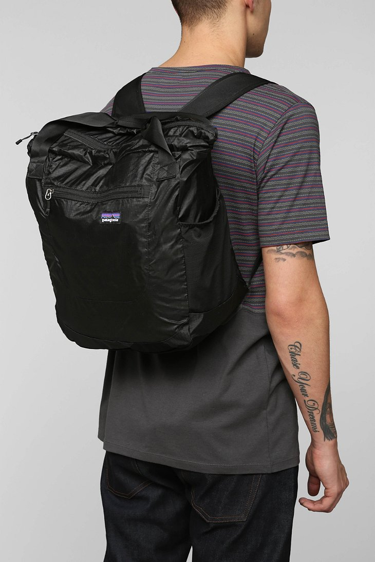 Patagonia Black Lightweight Travel Tote Bag For Men