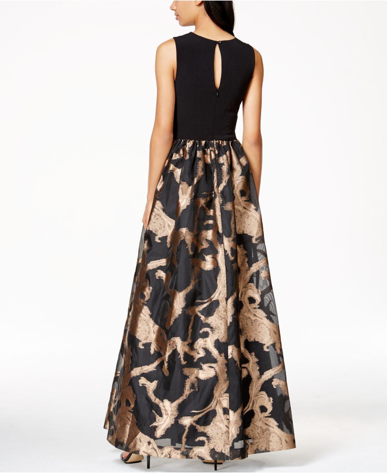 e66f3c6ed16e Calvin Klein Metallic Taffeta Gown in Black - Lyst