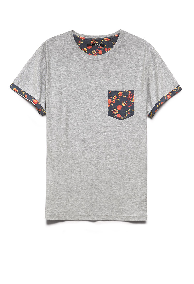 Dudes, there's nothing more solid than a clean crew neck t-shirt that the ladies will surely love. Not too over the top with a left chest pocket completed by an printed floral pattern for an added style factor.