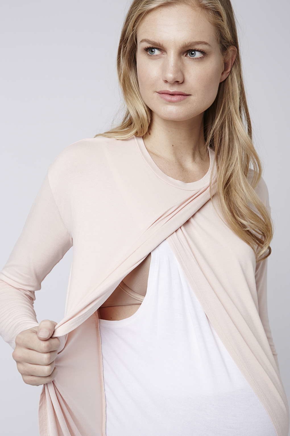 fa70935afee8e Lyst - TOPSHOP Maternity Long Sleeve Nursing Top in Pink