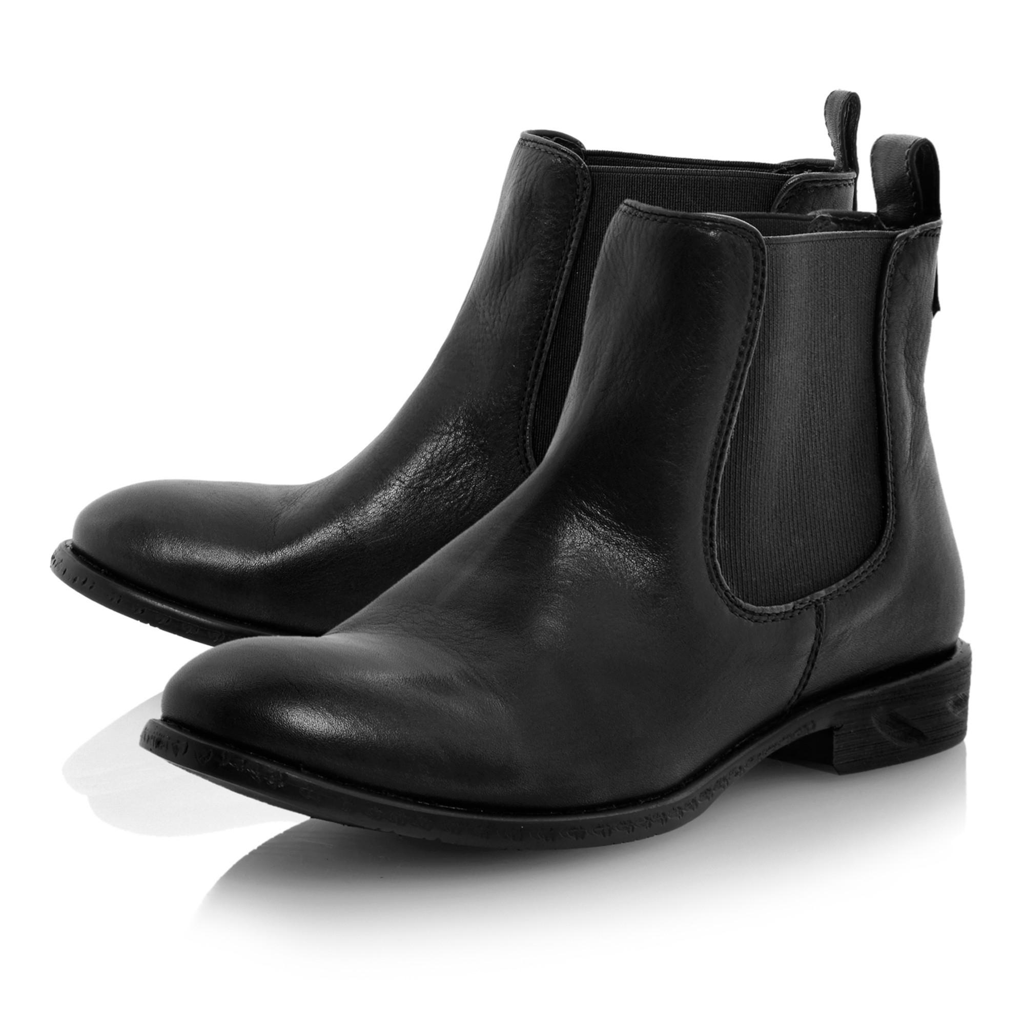 steve madden treacy leather almond toe flat boots in black