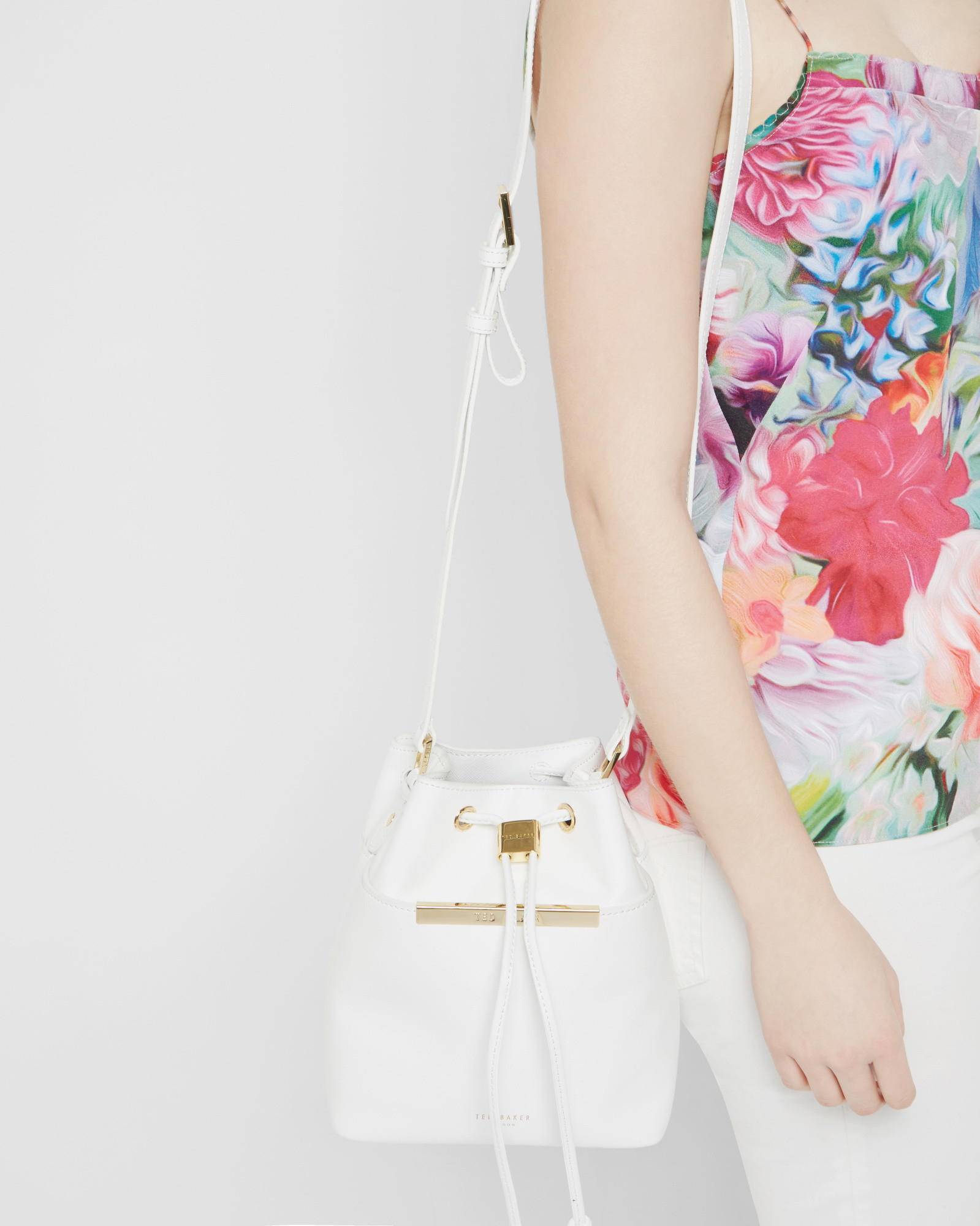 Ted Baker Crosshatch Leather Mini Bucket Bag in White - Lyst