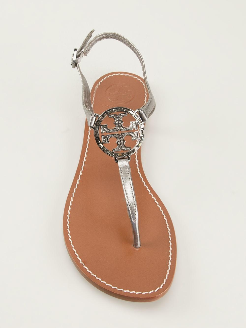 Tory Burch Thong Logo Sandals In Gray Metallic Lyst