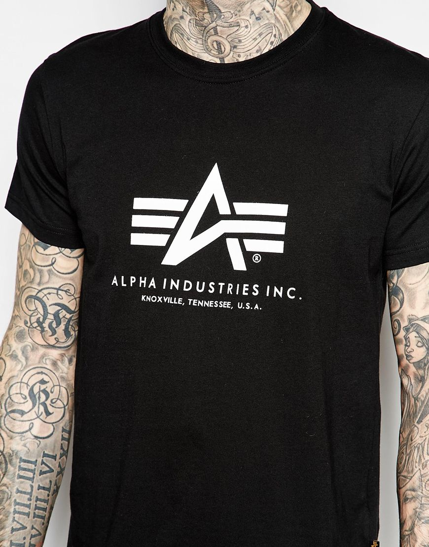 alpha industries lpha industries t shirt with logo in black for men. Black Bedroom Furniture Sets. Home Design Ideas