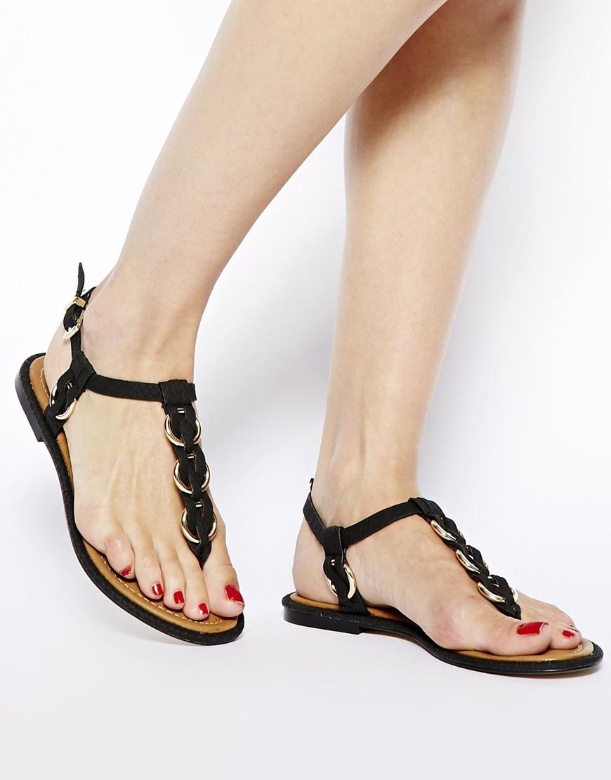 643fa28bb7d9 Lyst - ALDO Tbar Metal Flat Sandals in Black