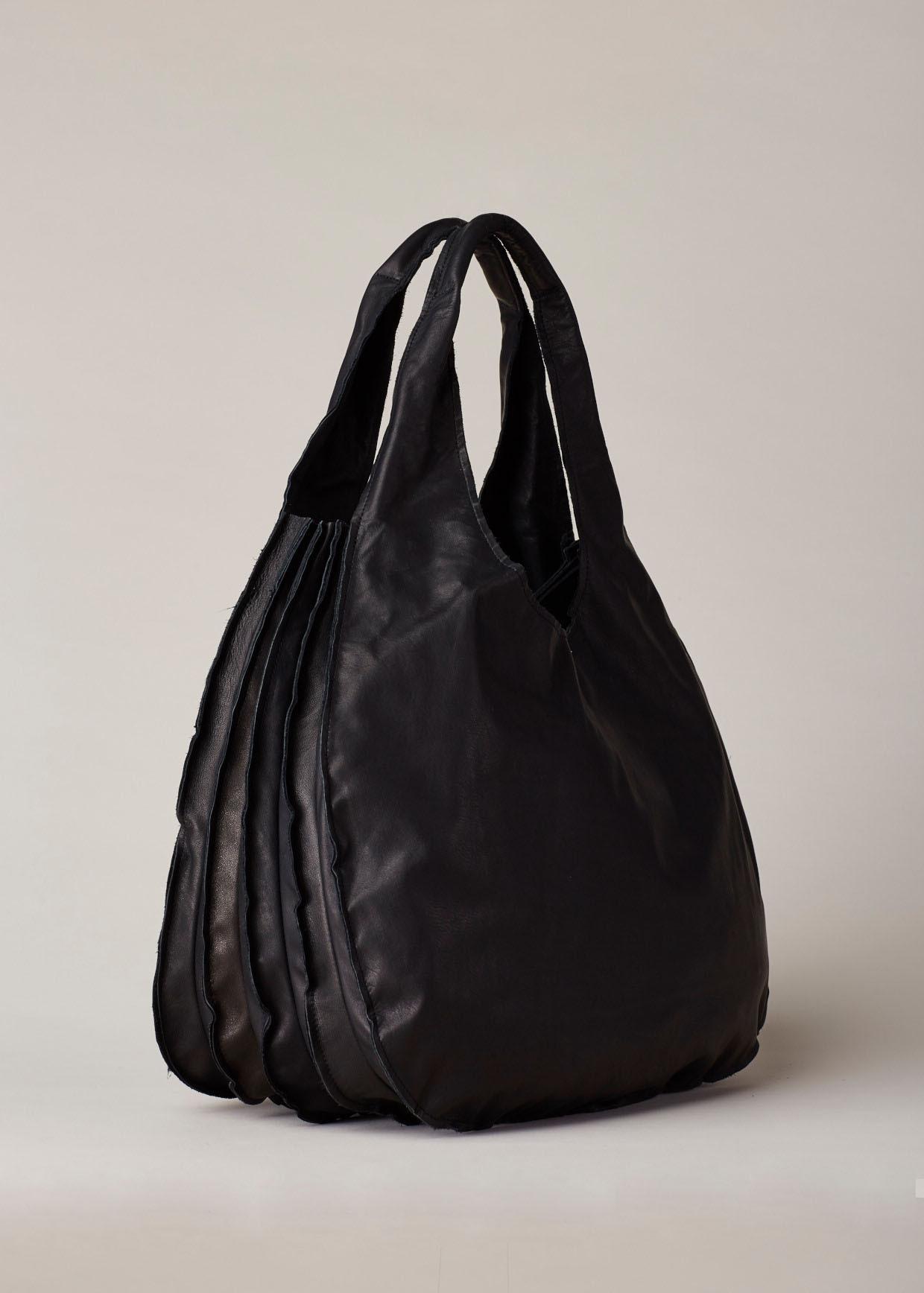 720dcab02c Lyst - Yohji Yamamoto Accordion-Pleated Leather Hobo in Black