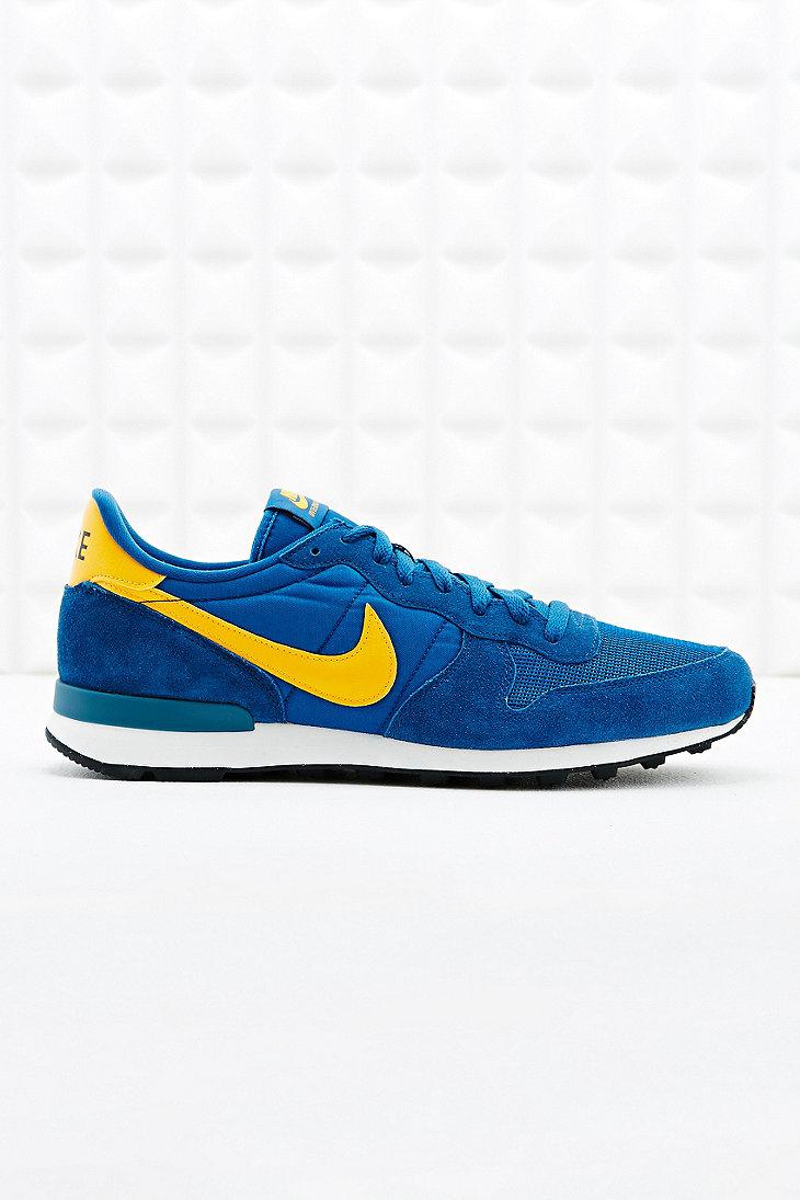 Nike Formateurs Tick Jaune