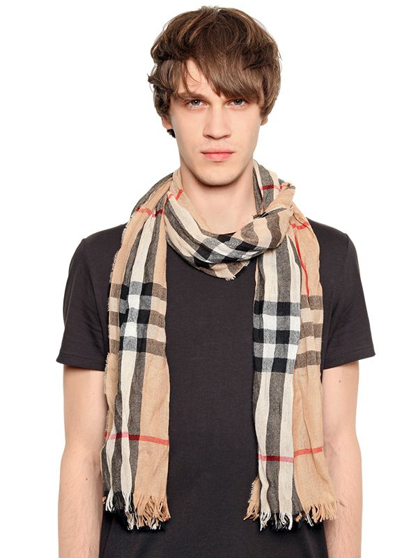burberry wrinkled classic check printed scarf in