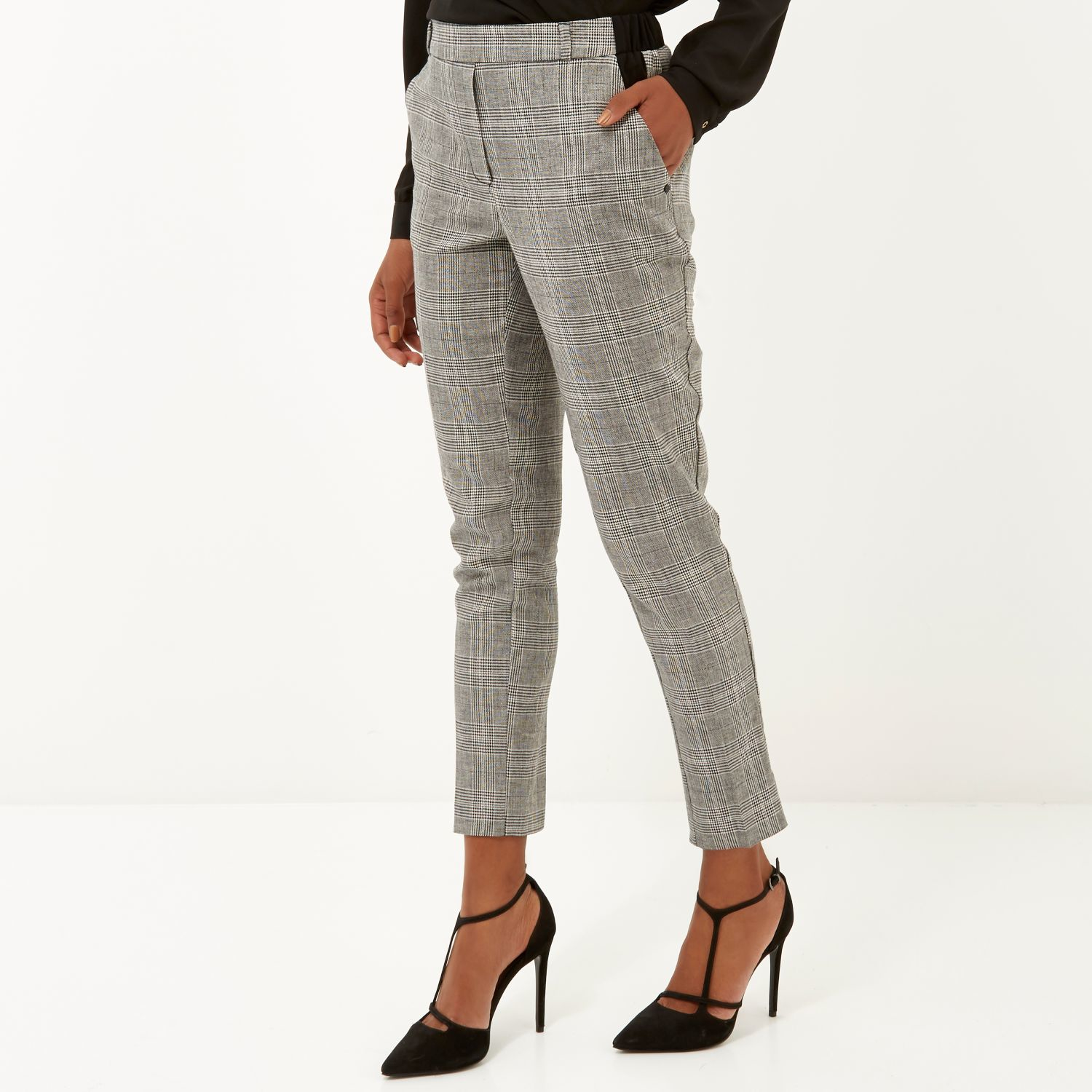 Find women checked pants at ShopStyle. Shop the latest collection of women checked pants from the most popular stores - all in one place.