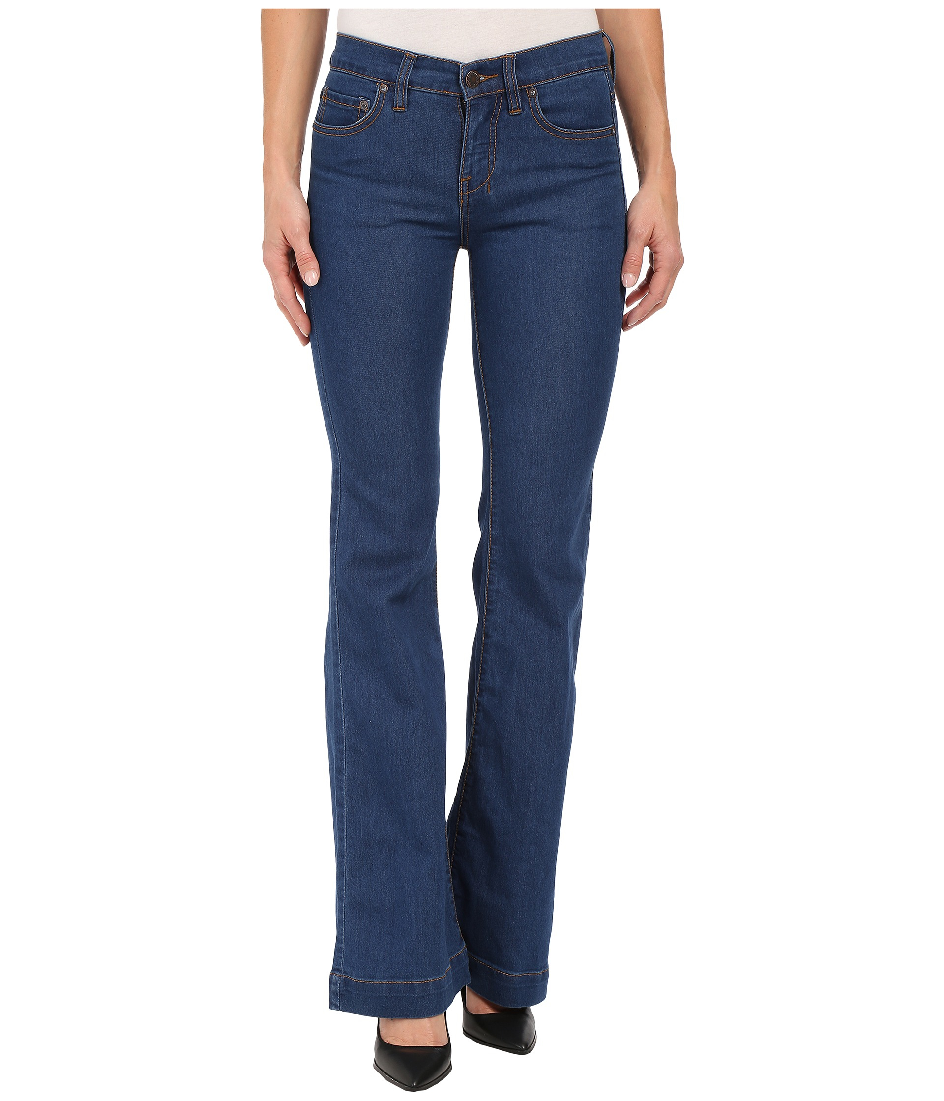 Free people Gummy Denim Clean Mid Rise Flare in Blue | Lyst