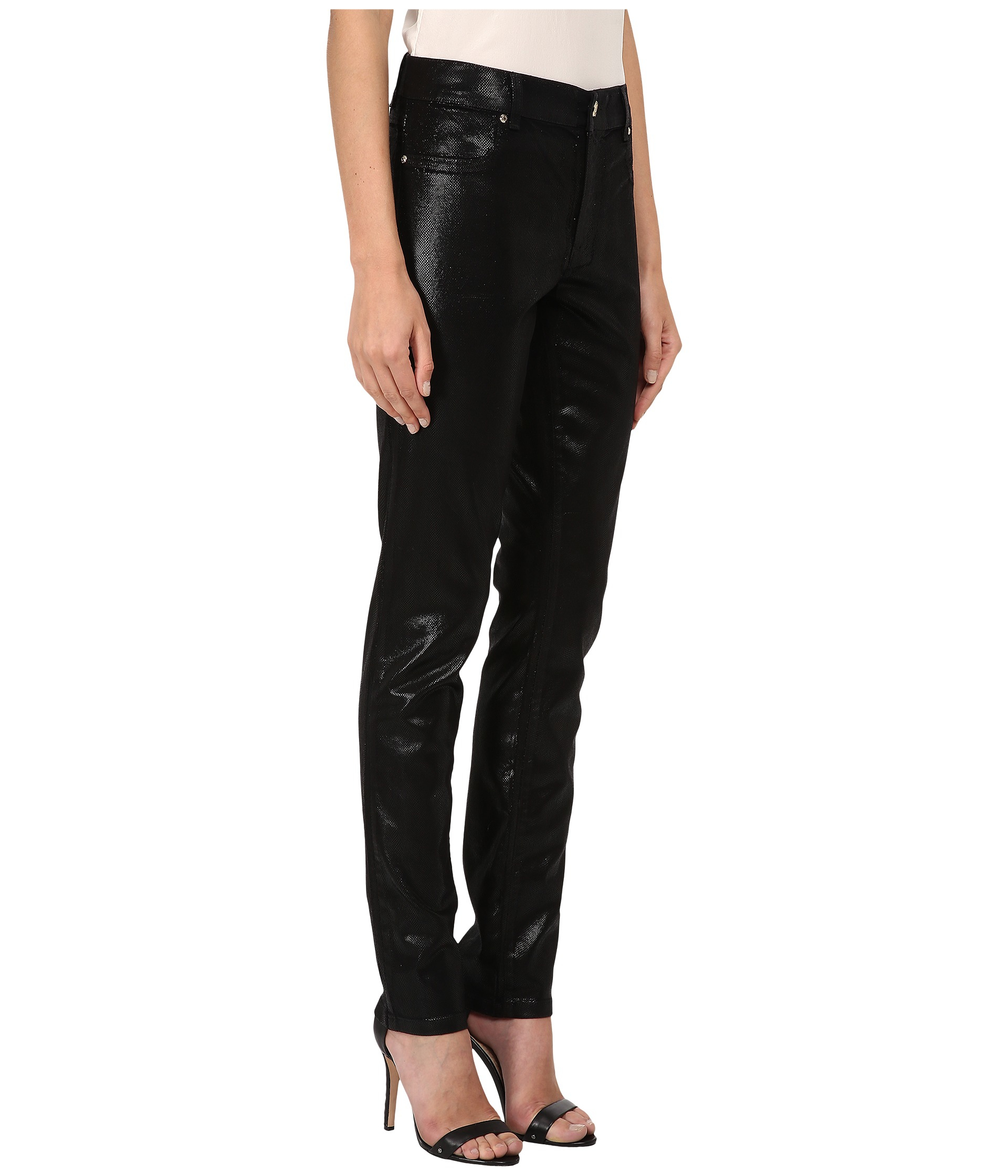 Shop for women's skinny jeans at ASOS. Ultra skinny jeans are a great style option. Browse our skin tight jeans in every wash from light to dark to black.