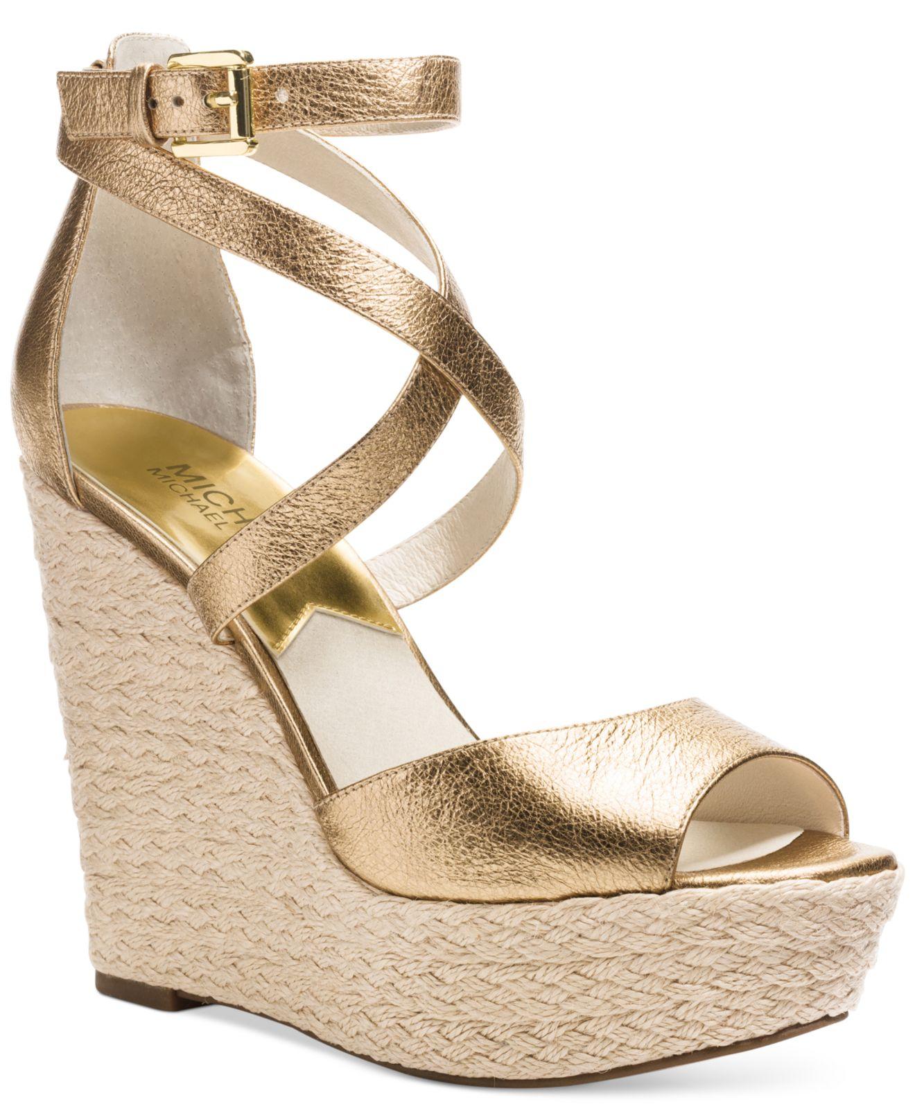 Michael Platform Kors Metallic Wedge Lyst Gabriella Sandals In 2IeEYWD9bH