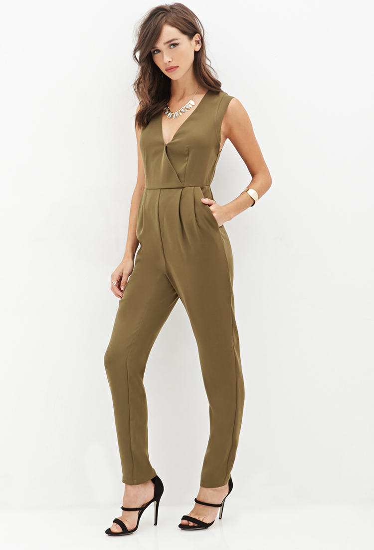 0b6821d60e9 Lyst - Forever 21 Surplice Woven Jumpsuit in Green