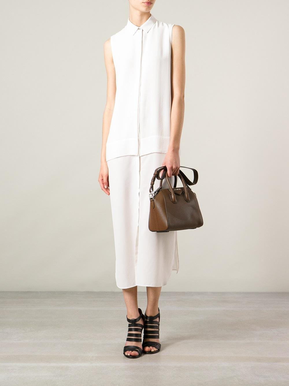 Gallery. Previously sold at  Farfetch · Women s Givenchy Antigona ... f34961628974e