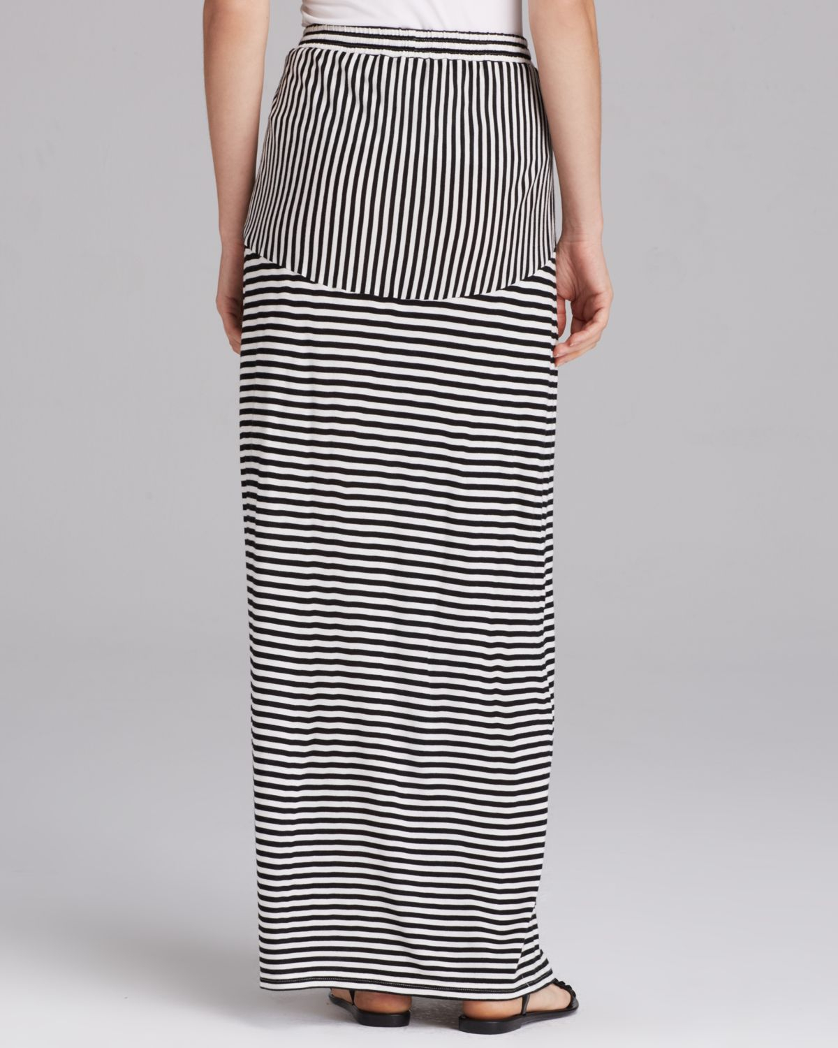 two by vince camuto parallel lines drawstring maxi skirt