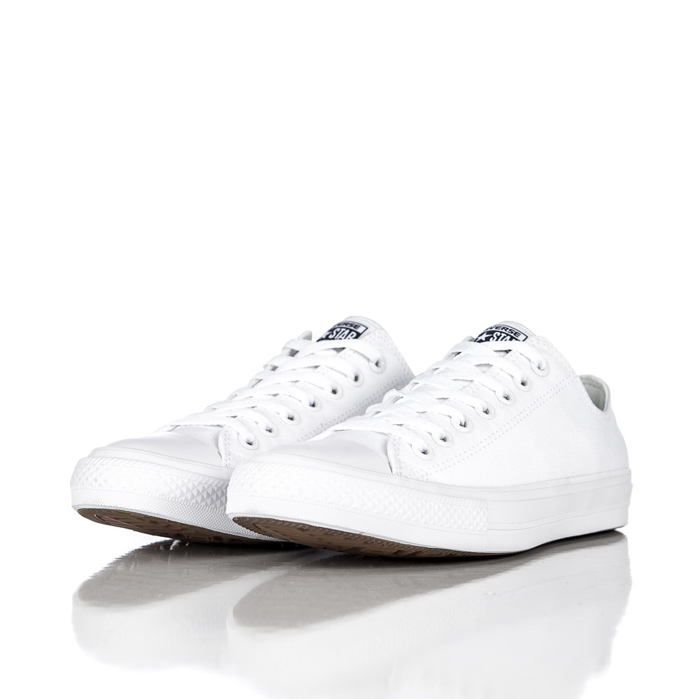 Lyst - Converse Chuck Taylor All Star Ii Ox Low In White white in White for  Men 4e6e99ccd