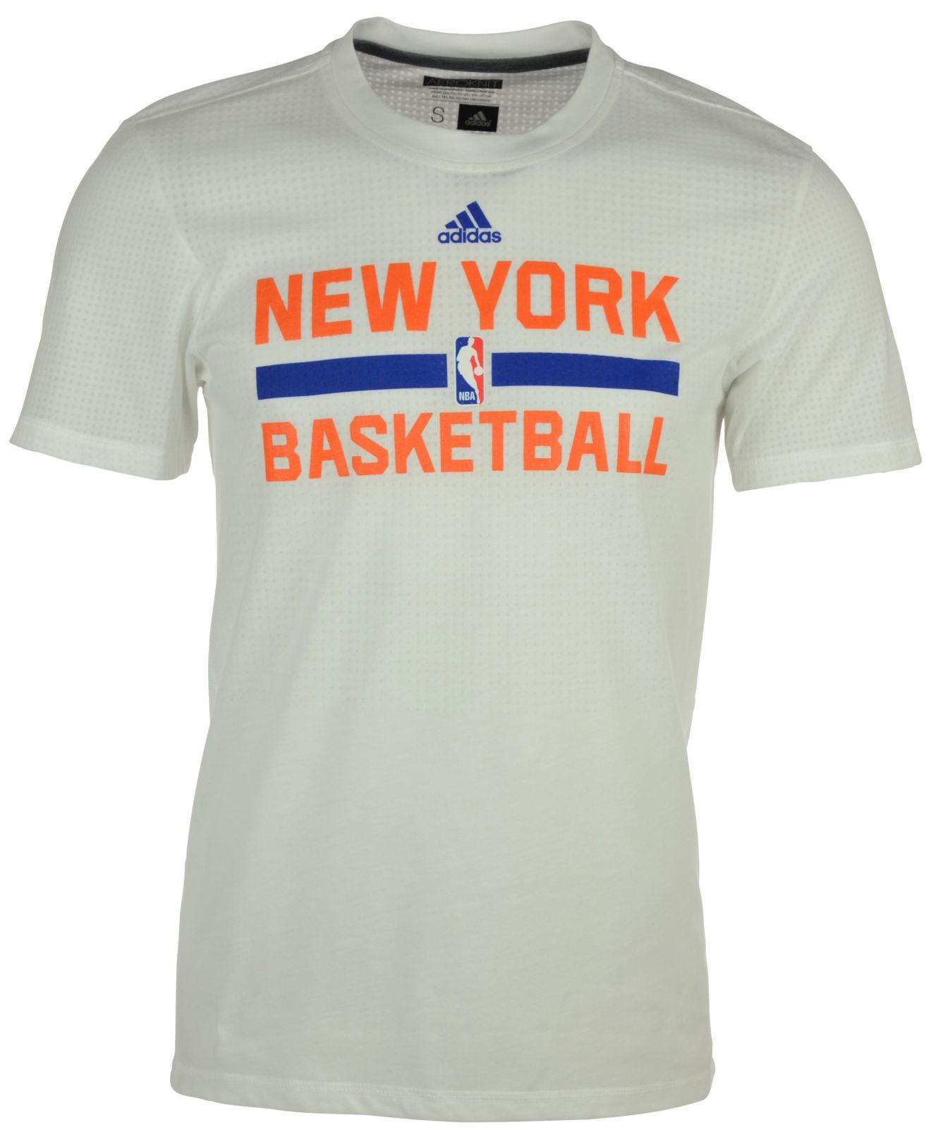 4e8e9ffb adidas Men's New York Knicks On Court Graphic Aeroknit T-shirt in ...