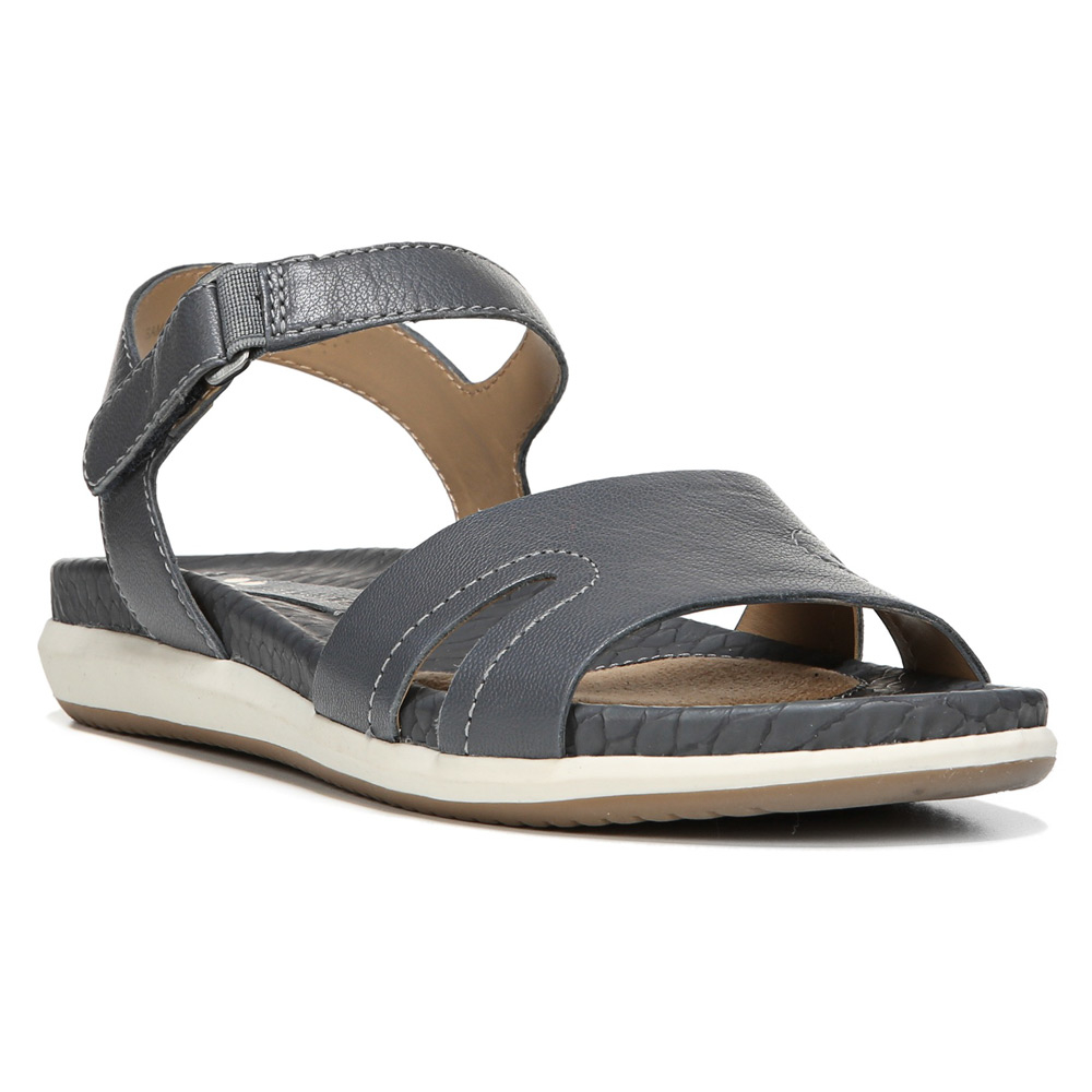 5458576bb99a Lyst - Naturalizer Selma in Gray