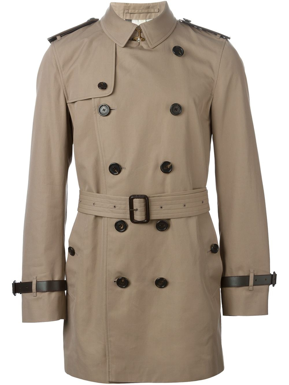 Go from dud to stud in an instant with the dapper military-inspired jacket that never goes out of style. A good trench coat is an essential to any man's wardrobe, no matter what you're wearing underneath (yes, even sweatpants on a lazy weekend!).
