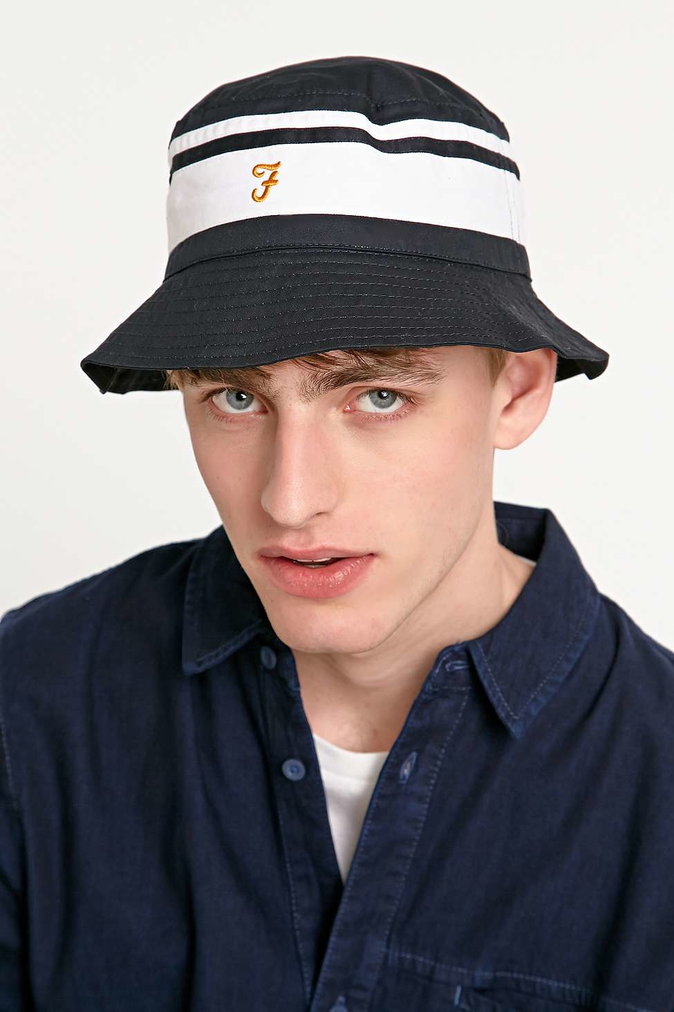 fda3fff44017f Farah Reversible Bucket Hat In Navy And White in White for Men - Lyst