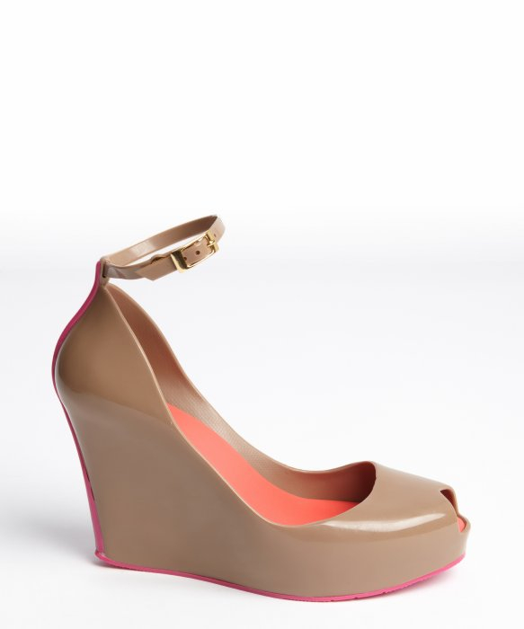 Melissa Tan Rubber Hot Pink Trimmed Patchuli V Wedge ...