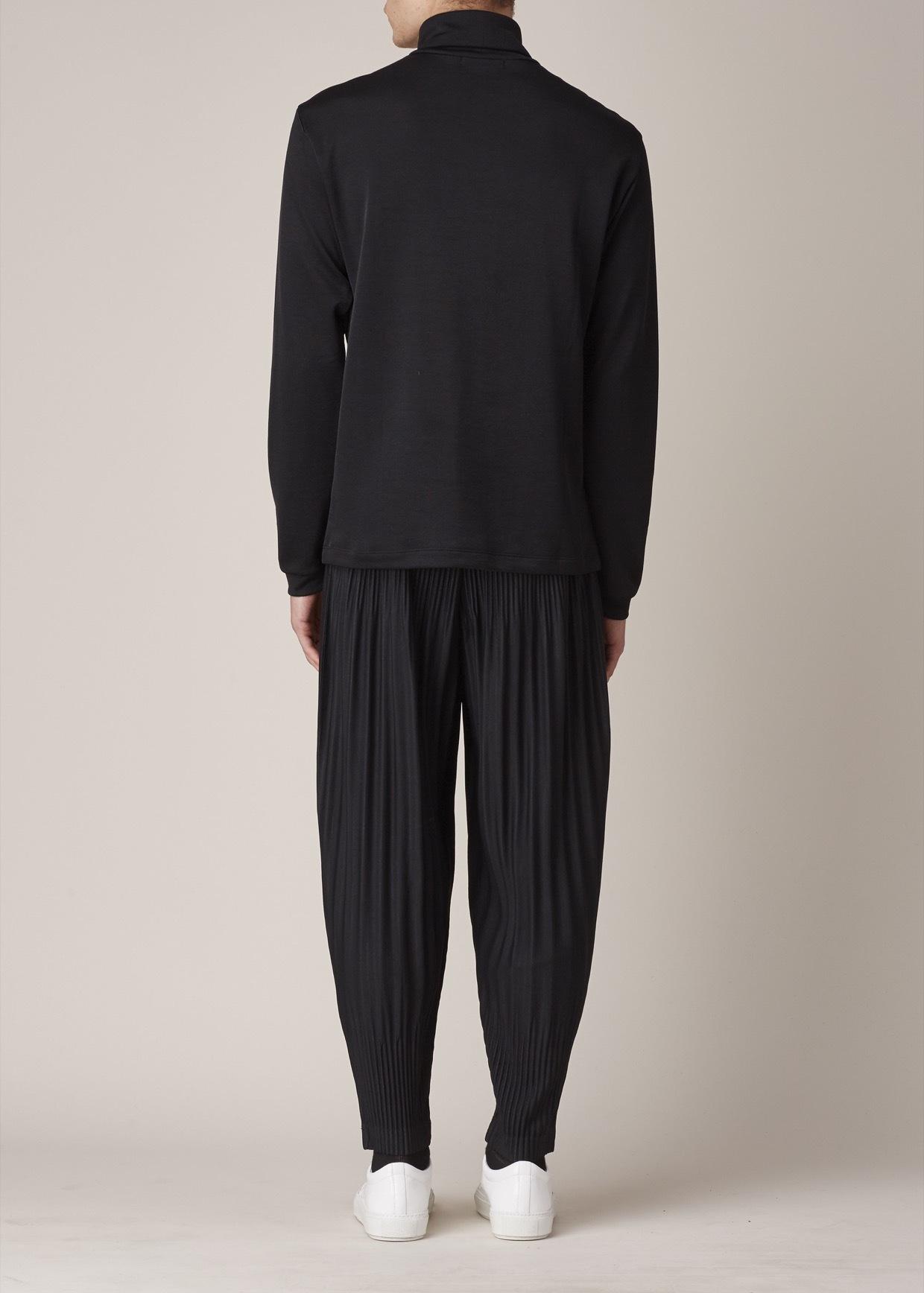 Homme plissé issey miyake Black Pleated Pants in Black for Men | Lyst