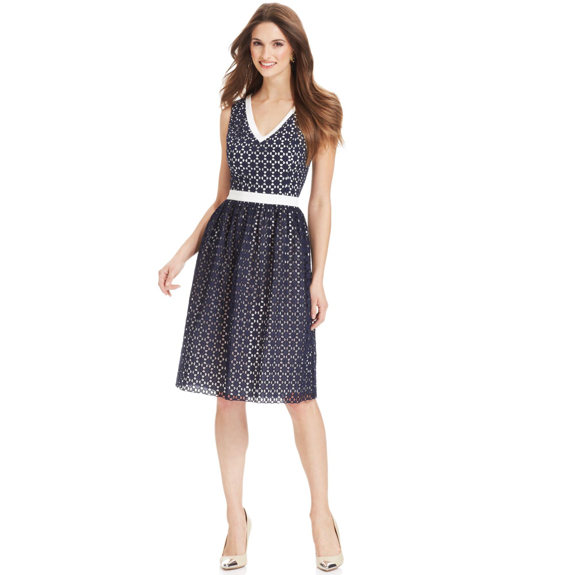 Anne Klein Petite Sleeveless Contrast Lace Dress In Blue
