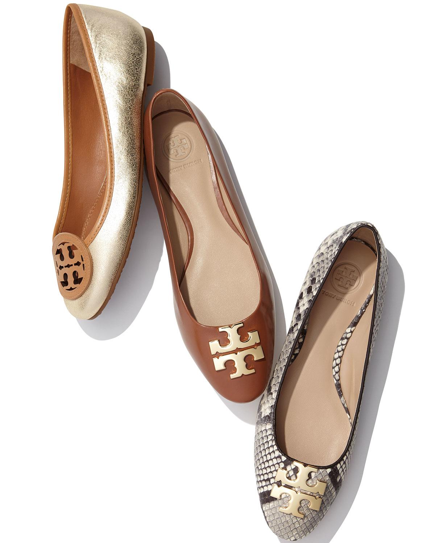 5a7c02c86124 ... discount lyst tory burch raleigh new logo ballet flat in brown 7e131  8df2d