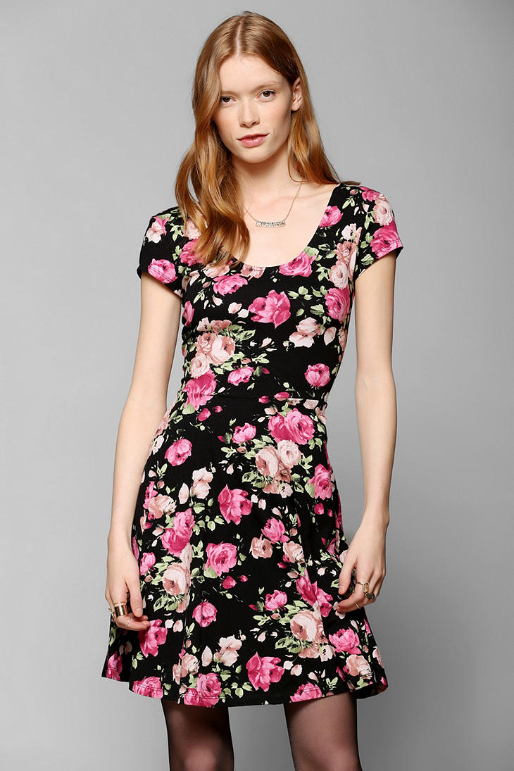 70349b4124 Lyst - Urban Outfitters Kimchi Blue Knit Floral Skater Dress in Black