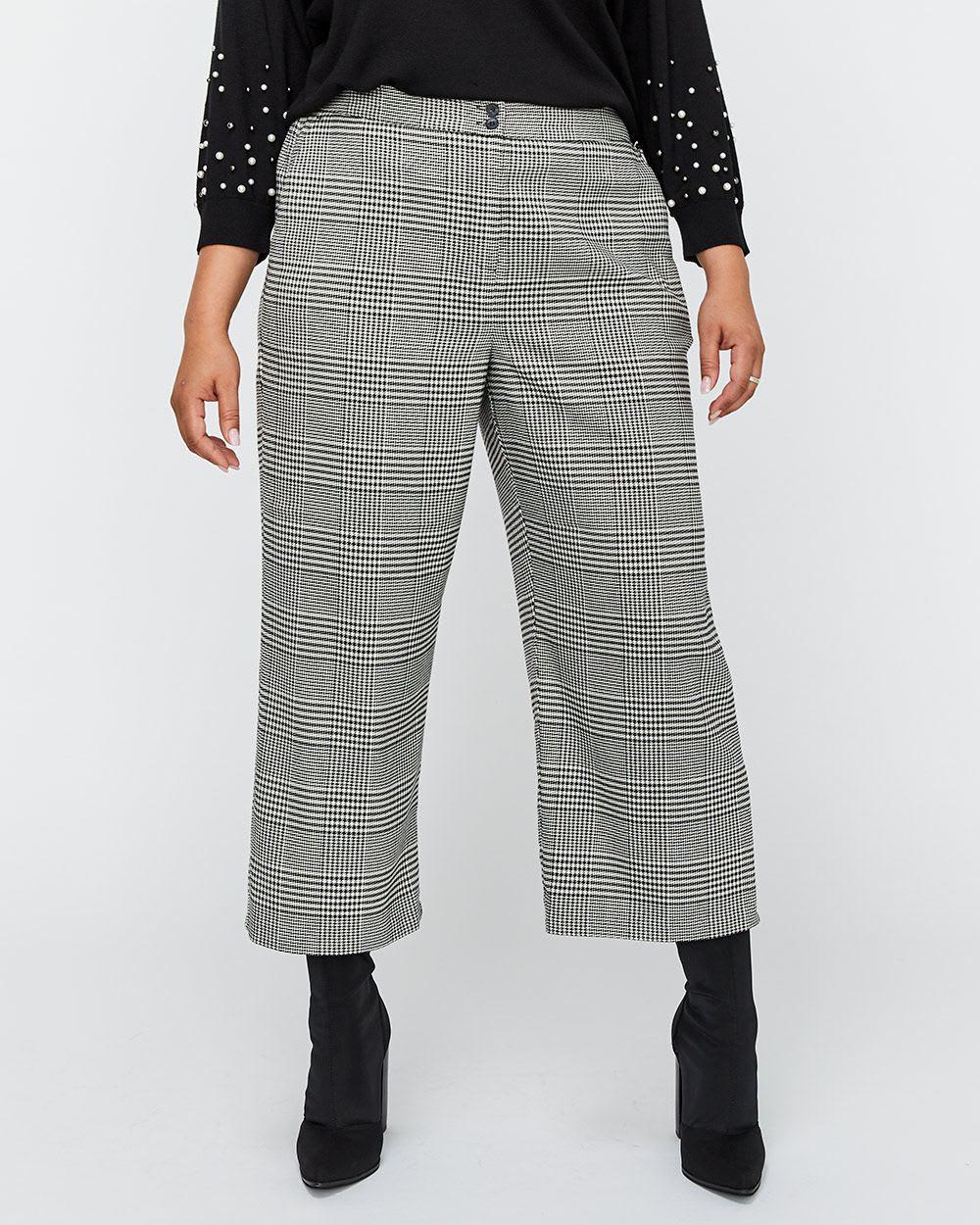 ec20055b52d9a Addition Elle. Women s Gray Wide Leg Checkered Cropped Pant - Michel Studio