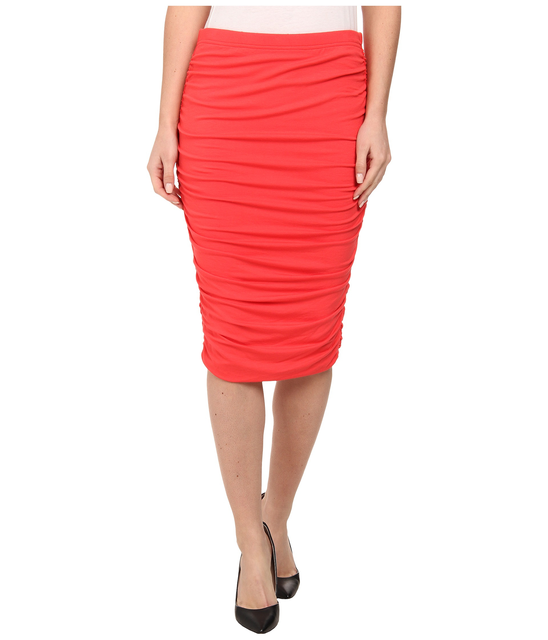 0459ece69d6d7 Lyst - Vince Camuto Ruched Midi Tube Skirt in Red