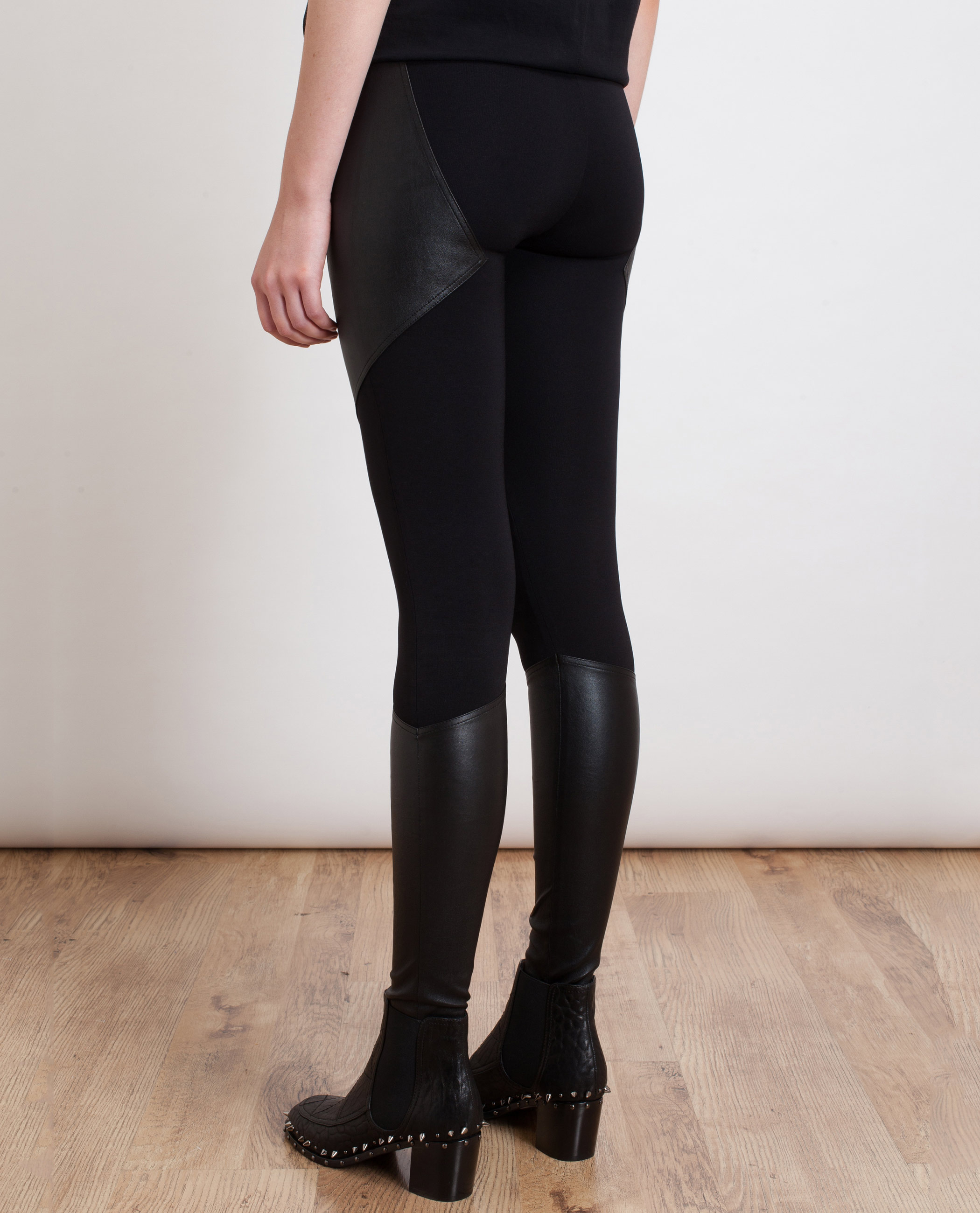 From faux leather and moto to velvet, our fashion leggings give you the comfort of leggings without sacrificing style. Wear them to the office, to dinner, or for a night on the town – you'll fool everyone with your stylish leggings that look like pants.