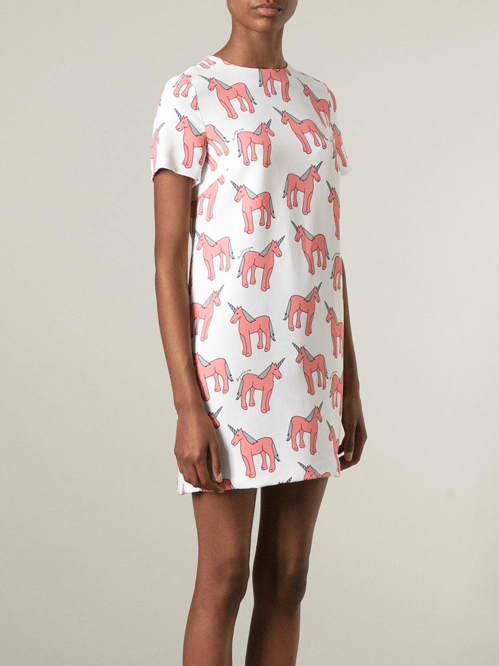 7cb498a169f09 Au Jour Le Jour Unicorn Print Shift Dress in White - Lyst