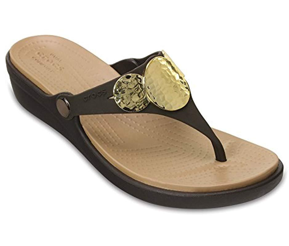 a95bbb7ec1d5e Lyst - Crocs™ Sanrah Embellished Flip Wedge in Metallic - Save 7%