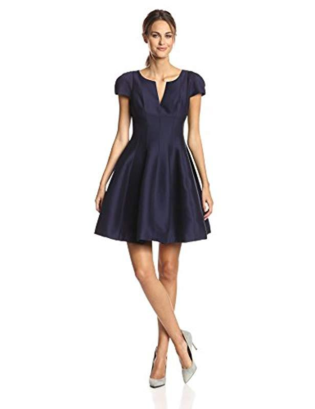 479f9d201d01 Lyst - Halston Short Sleeve Notch Neck Dress With Tulip Skirt in Blue