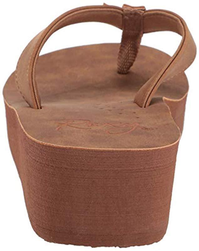 2672e5dfc39 Lyst - Roxy Melinda Platform Sandal in Brown