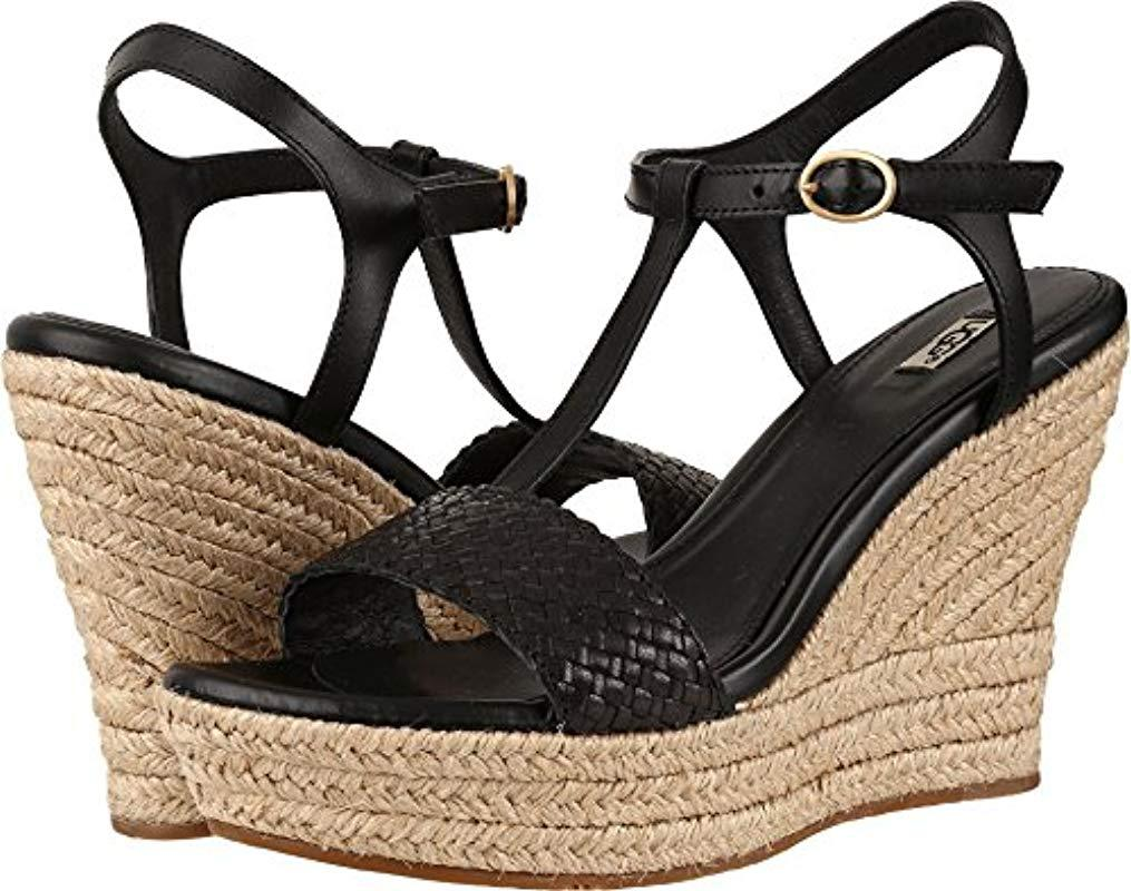 e8eb991be2 UGG Fitchie Ii Wedge Sandal in Black - Lyst