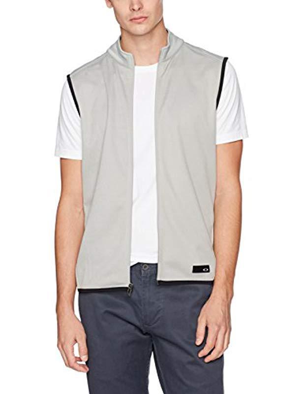 d35eef2db0 Lyst - Oakley Range Vest in Gray for Men - Save 35%