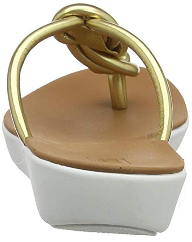 e0086327a Fitflop Swirl Knot Jasmin Toe Post Open Sandals in Metallic - Lyst