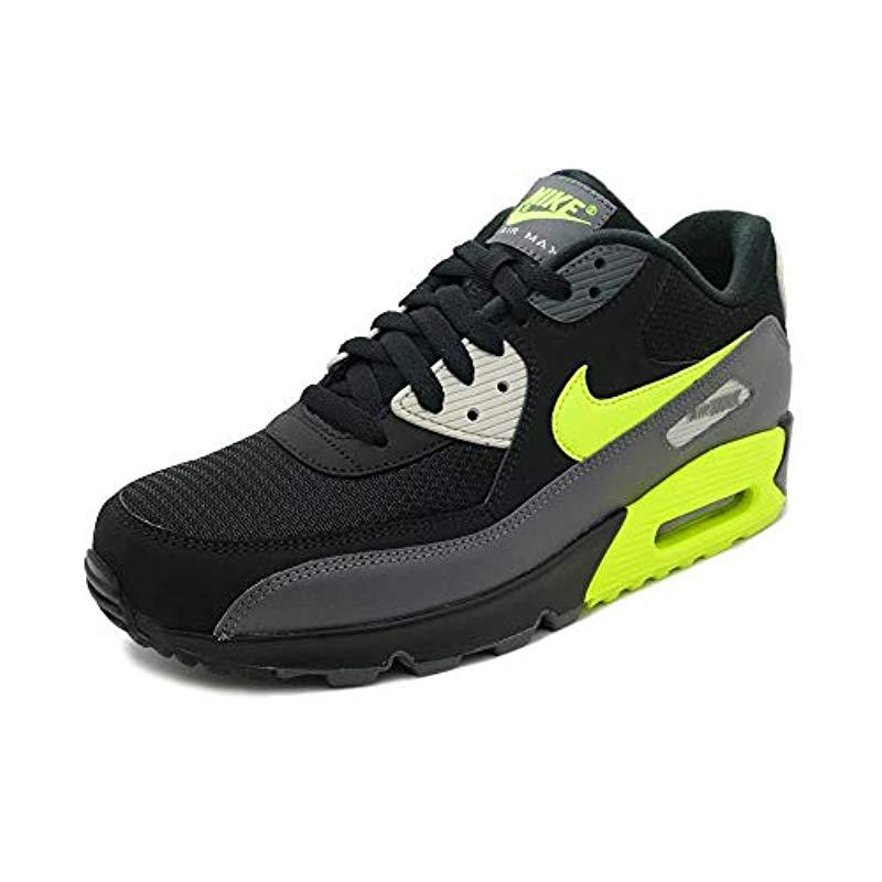 82332e2df20 Nike Air Max 90 Essential Gymnastics Shoes in Gray for Men - Save 20 ...