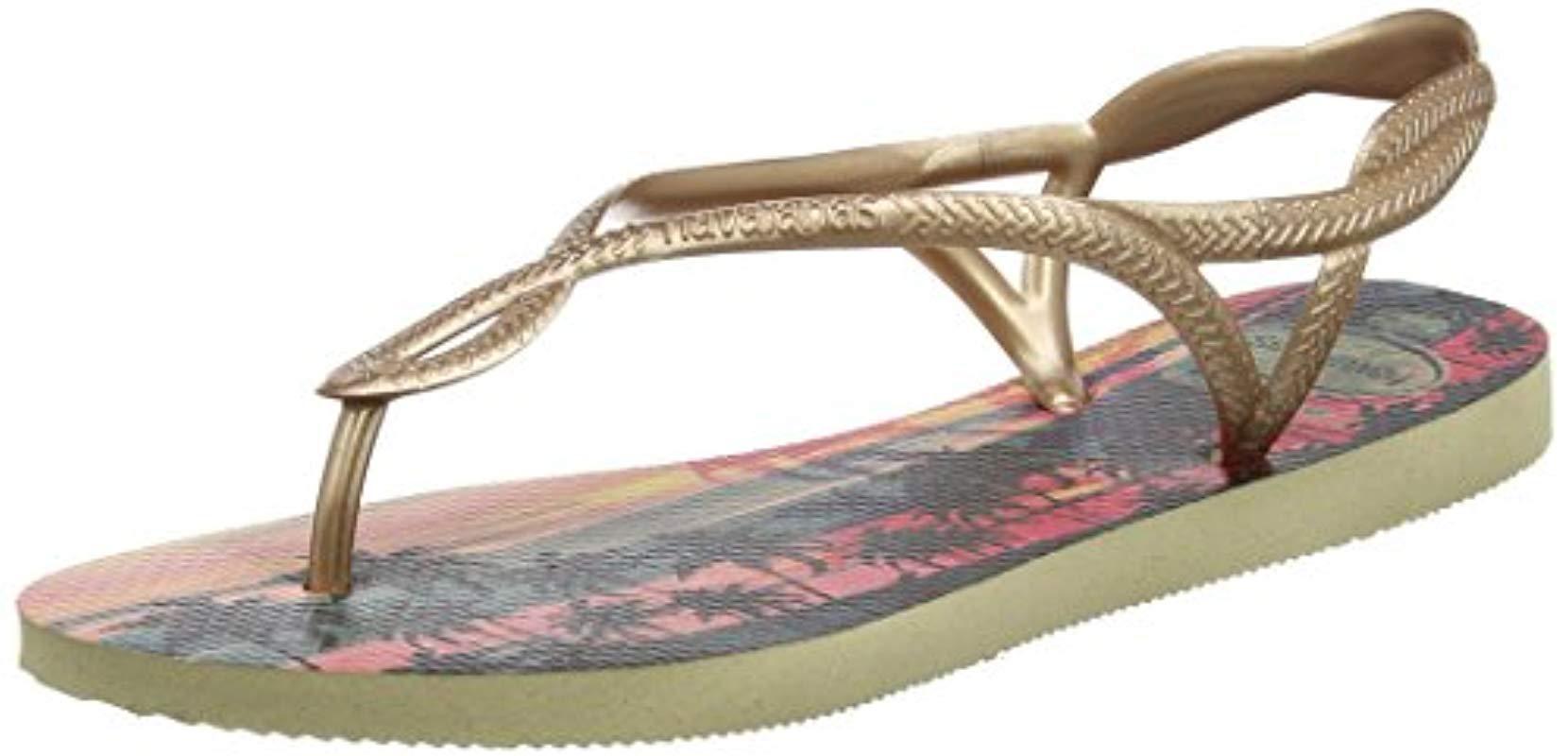 ccb0b03d21ef7 Havaianas. Women s Sandals Luna Print