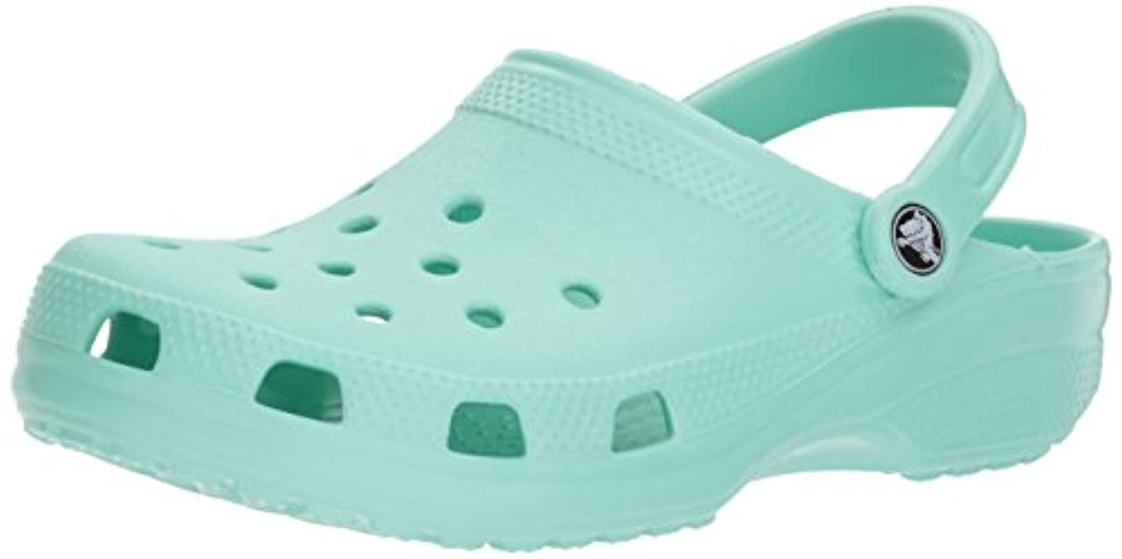 9b5a0a58853c Crocs™ Unisex Adults  Classic Clogs in Green - Lyst