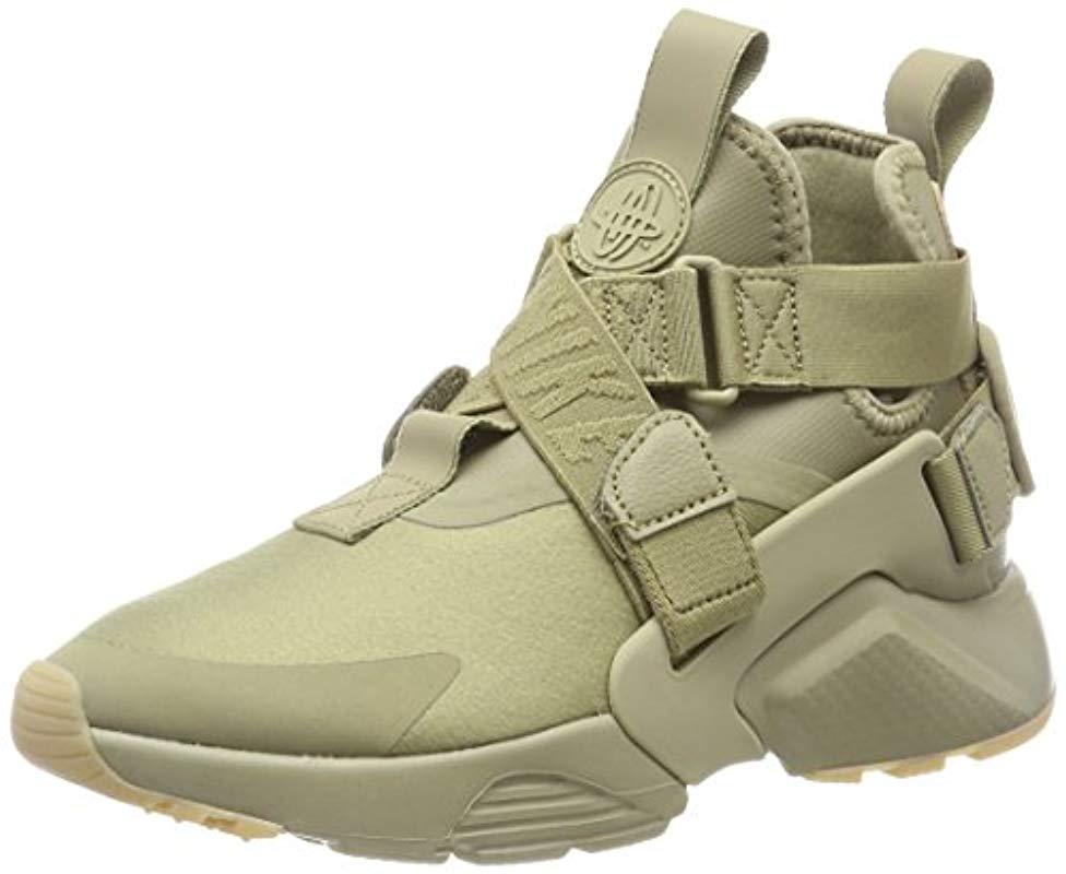 sale retailer 736b1 8bfeb Nike Air Huarache City Low-top Sneakers in Green - Lyst