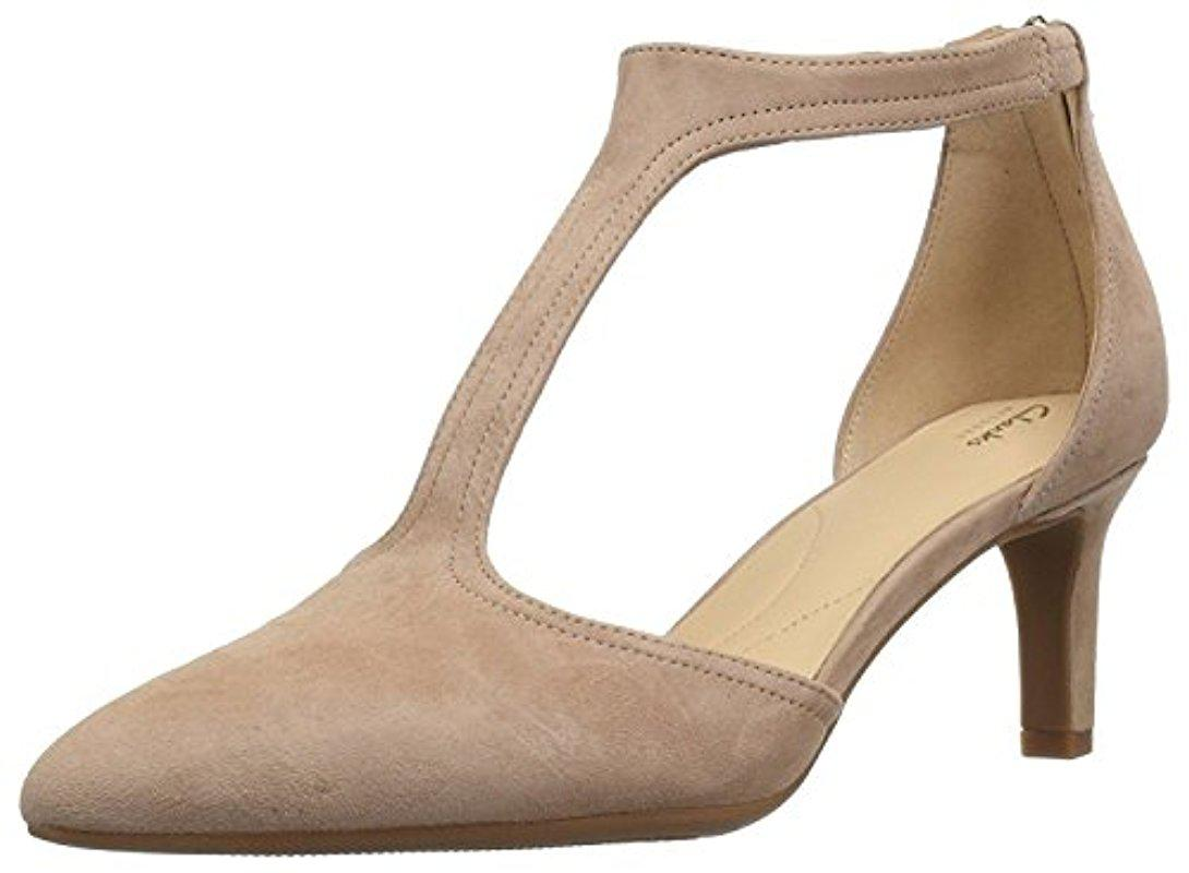 8135ff15f60 Lyst - Clarks Calla Lily Pump in Natural