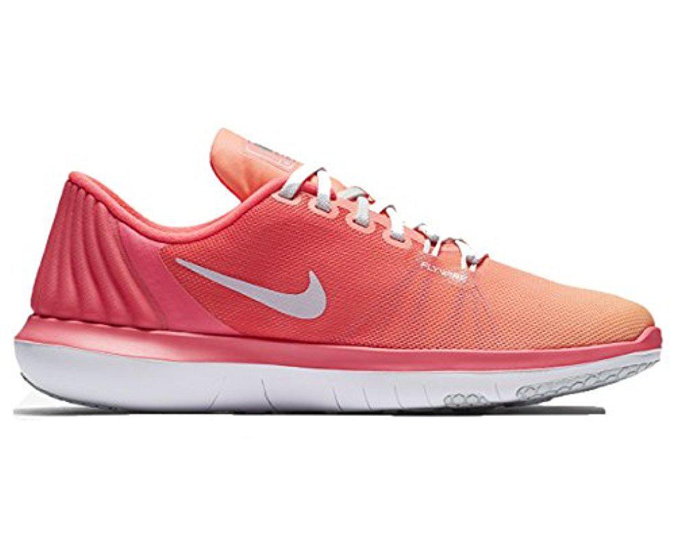 f0c67b912e1b Lyst - Nike Flex Supreme Tr 5 Cross Training Shoe in Pink