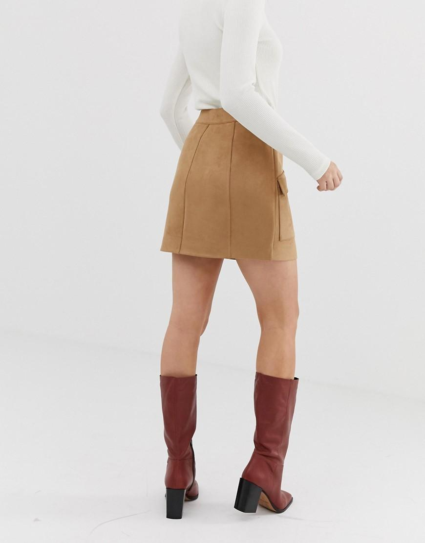 fd41c0fa3 Lyst - Stradivarius Faux Suede Button Front Mini Skirt In Beige in Natural