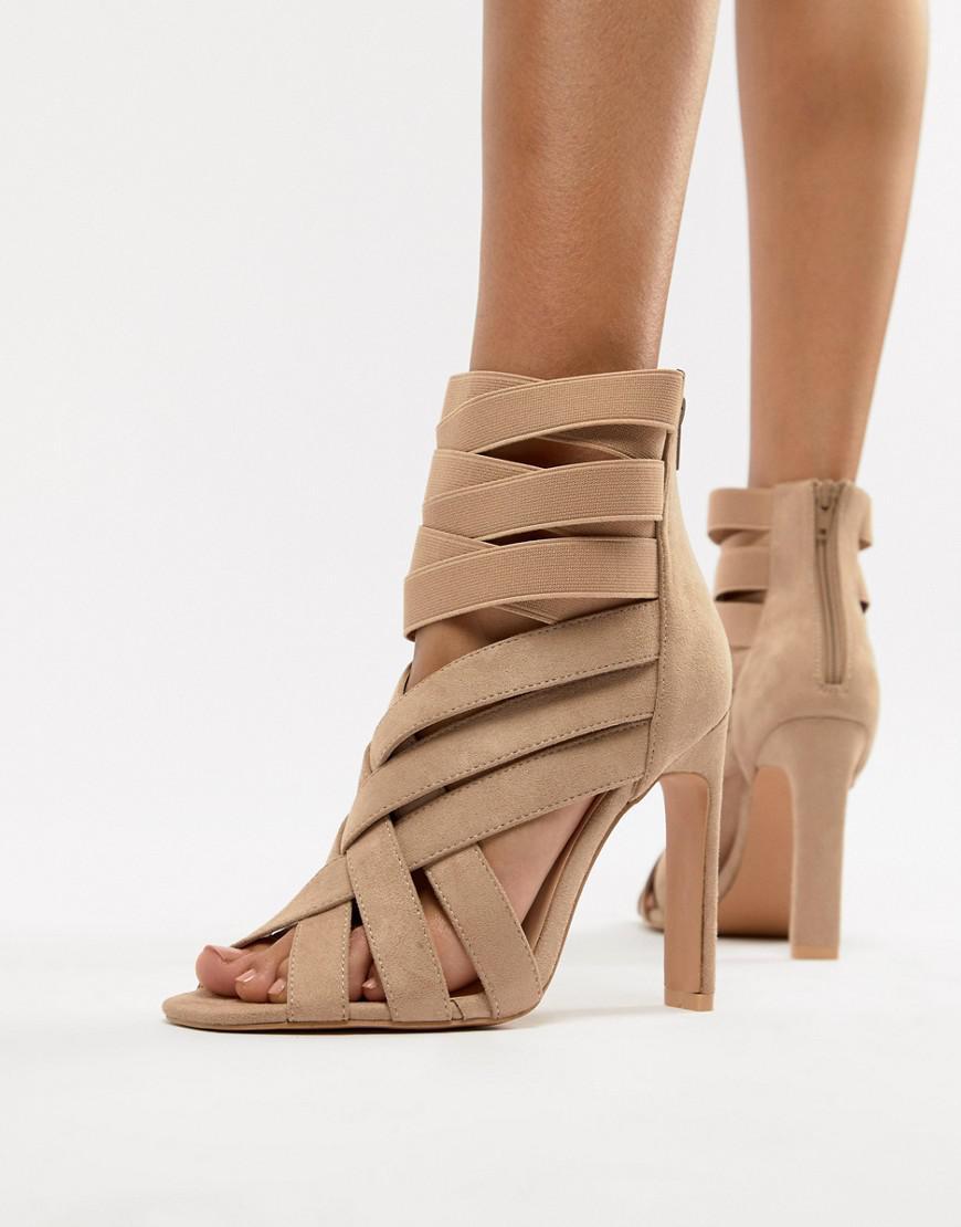 68e7e8c91e8 Lyst - Boohoo Cross Strap Sandals