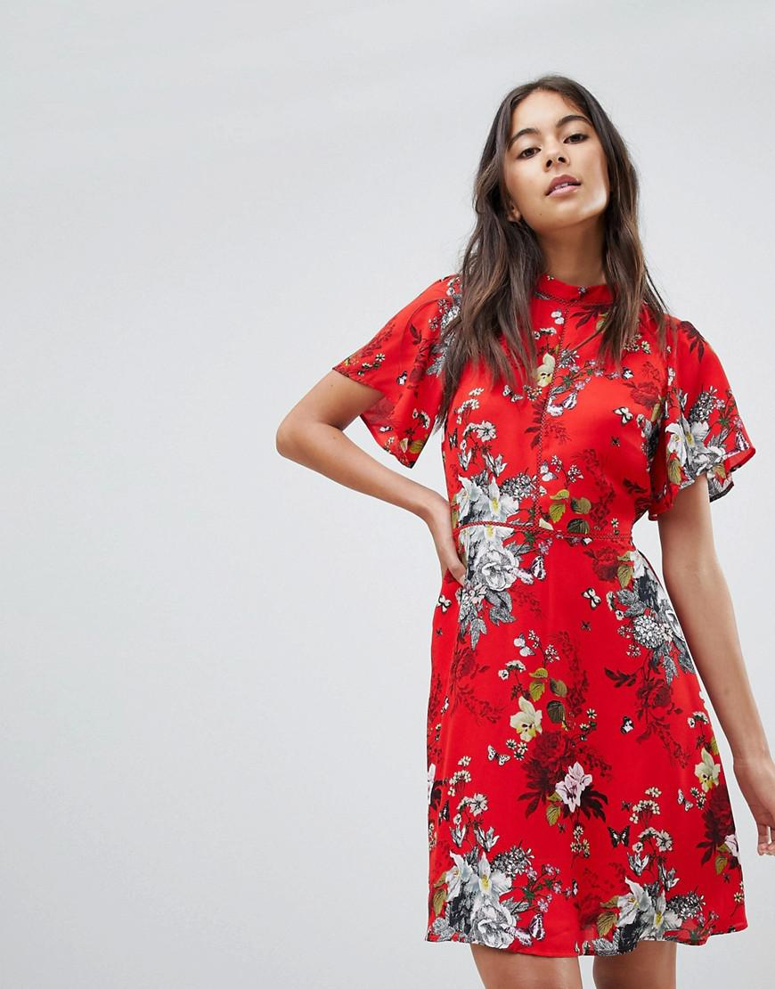 8b5503b7aace Oasis Cape Sleeve Botanical Print Skater Dress in Red - Lyst